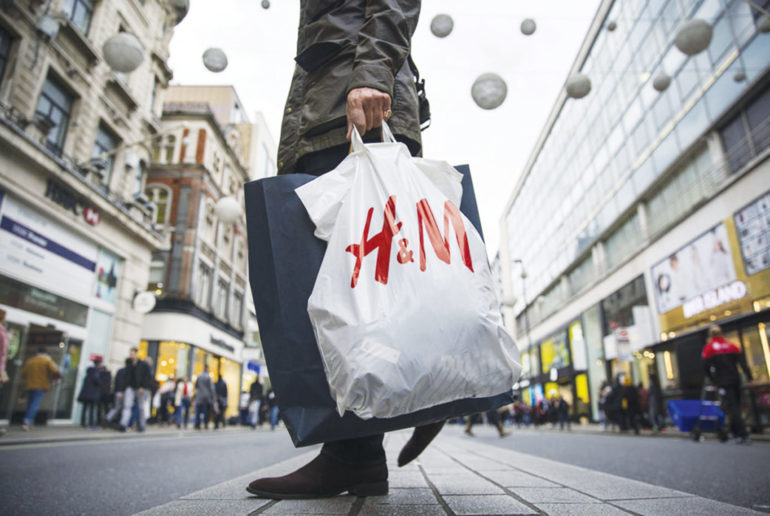 h&m bag, fast fashion, shopping, sale, waste, unsold clothing, pixelpool